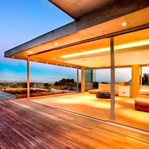 Cape Town and Joburg key real estate targets for super rich, says Leadership