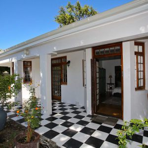 What Will the 'great Trek' to Cape Town Cost You? More than you think, says Sotheby's on Property24
